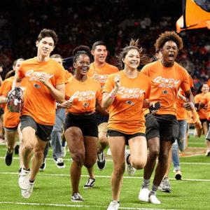 Students running in Rowdy Rush event